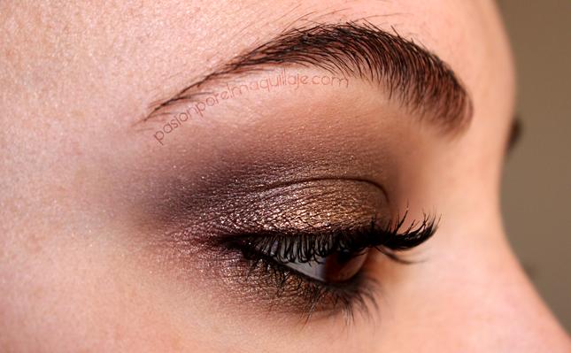 Cómo hacer un maquillaje ahumado