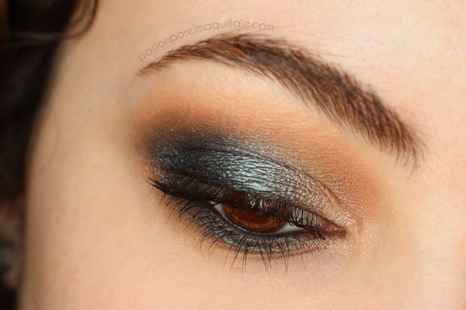Look Houdini Foiled Eyeshadow